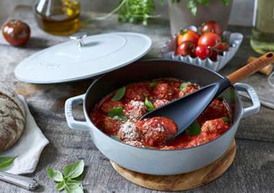 Homepage_6_Pack_400x282_cast_iron_cookware.jpg